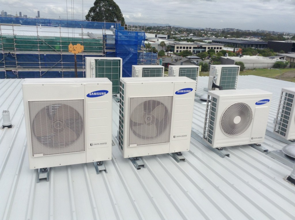 Rooftop air con setup   LCM Air Conditioning